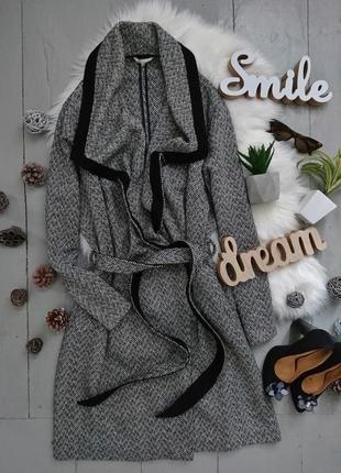 Актуальное легкое пальто кардиган на запах