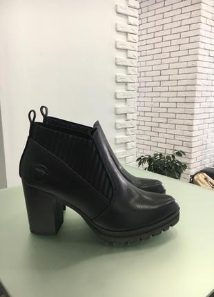 Ботинки,полуботинки ,ботильоны на платформе ,челси