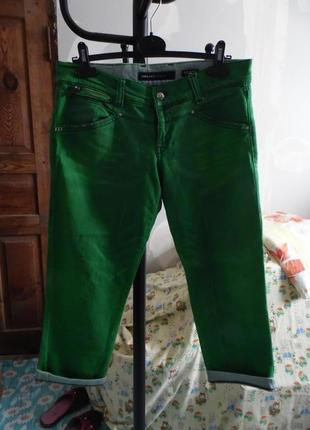Фірмові італійські вкрочені джинсові штанці