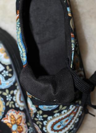 Закрытые текстильные туфли на платформе, кеды, сникерсы, криперы, размер 36, орнамент6 фото