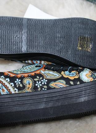 Закрытые текстильные туфли на платформе, кеды, сникерсы, криперы, размер 36, орнамент7 фото