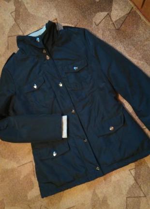 Демисезонная курточка от ostin
