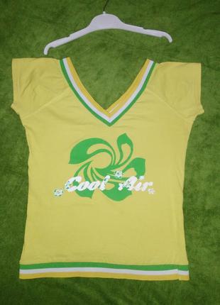 Спортивная футболочка