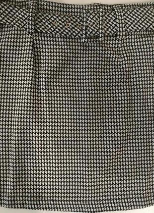Чёрно-белая юбка с поясом