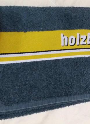 Добротное махровое полотенце 70см на 98см