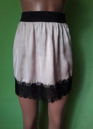 Сатиновая юбка с французским кружевом