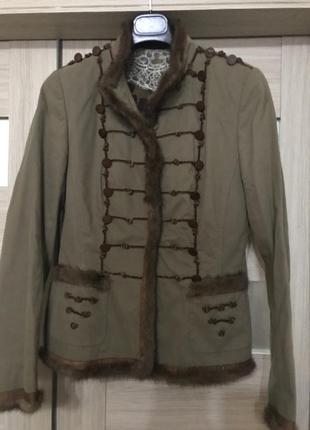 Шикарная куртка, италия , с норкой!
