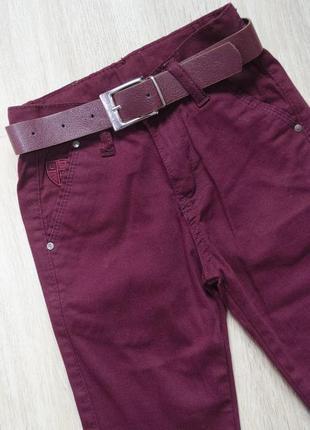 Бордовые штаны с ремнём1