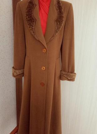 Восхитительное демисезонное пальто  в пол  р. 52/54  ferrante donna италия