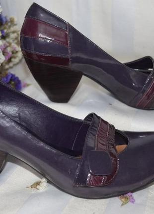 Туфли лаковые лодочки кожаные clarks 40 размер