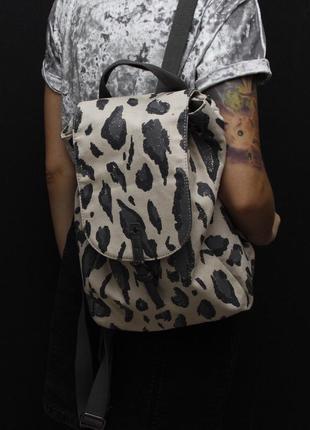 Рюкзак в леопардовый принт