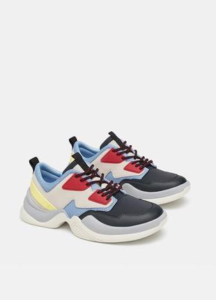 Стильные разноцветные кроссовки zara