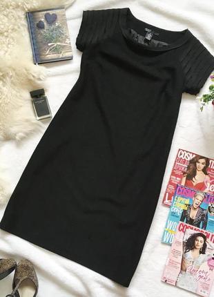 Тепленькое шерстяное (30%) платье миди c короткими рукавами vesade new york