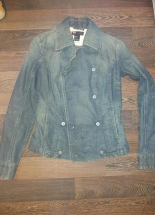 Модный джинсовый пиджак diesel