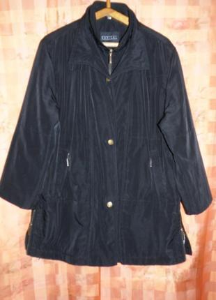 Весенняя куртка р.56-58