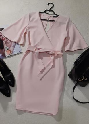 Красивая нежно розовое платье. размер м маломерит