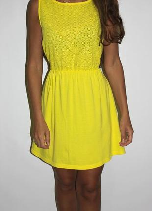 Лимоновое яркое платье с прошвой на груди-хлопок (-- срочная продажа --)