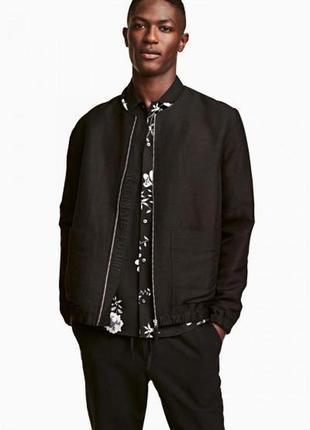 Оригинальная куртка-бомбер из смесового льна от бренда h&m разм. м