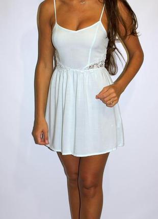 Мятное платье h&m - вставки кружева по талии  (( уценка всех платьев 300 ед ))