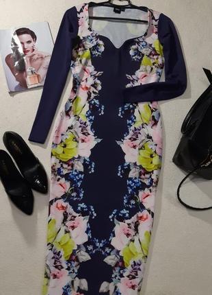 Красивое стильное платье размер м