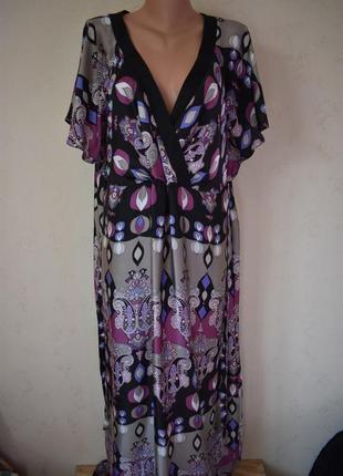 Красивое легкое длинное платье с принтом большого размера