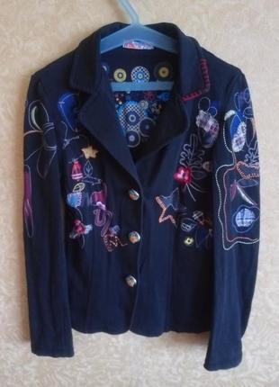 Крутой пиджак с вышивками, эксклюзив