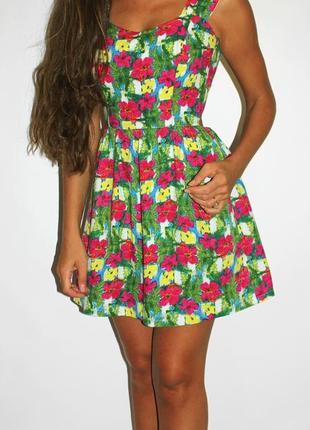 Яркое платье  (s-m) - спинка открыта + на завязке  (-- срочная продажа --)