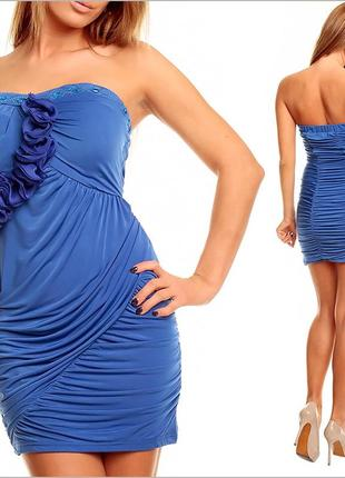 Синее платье без бретелей