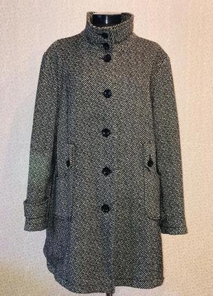 Шерстяное пальто большого размера2