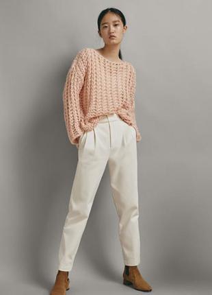 Мега крутой свитер оверсайз  крупной вязки цвета пудра