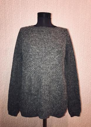 Натуральный свитер оверсайз