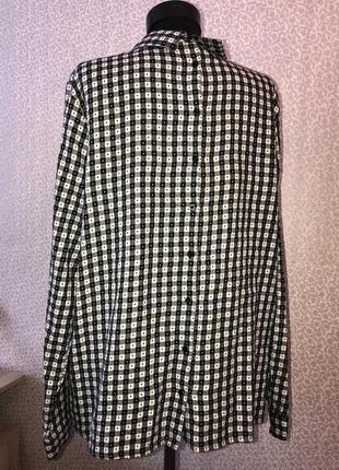 Тепленькая рубашка с пуговицами на спине в клетку5 фото