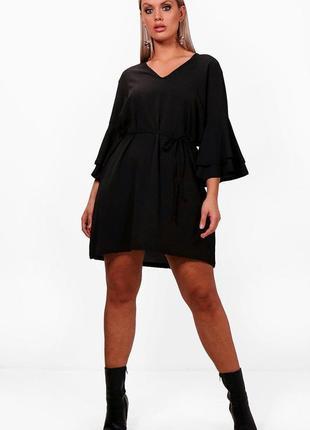 Boohoo. товар из англии. платье с воланами на рукавах. на наш размер 50.