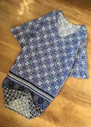 Милое  натуральное платье в принт с воланами на рукавах m/l