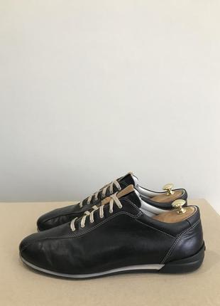 Кожаные кроссовки,туфли navyboot