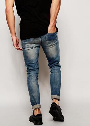 Модные и яркие мужские джинсы супер скинни от bershka. размер 31,  будут на м
