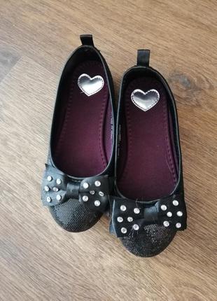 Стильные чёрные туфли h&m 29 разм 19 см стелька