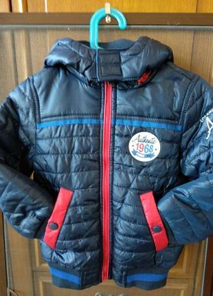 Демісезонна курточка нова