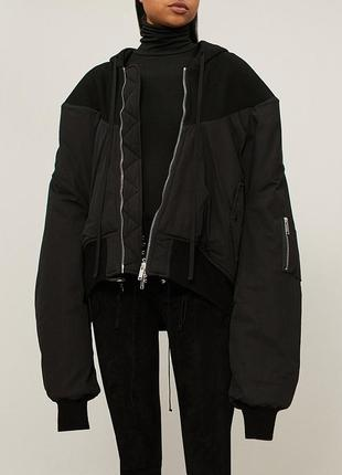 Оверсайз бомбер unravel project oversized hooded bomber jacket