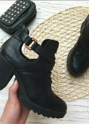 Ботинки чёрные  ботильйоны