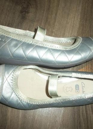 Кожаные балетки серебро евро размер 13 f clarks кларкс