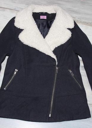 Пальто 5-6 лет f&f