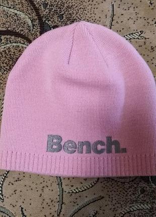 Новая фирменная шапка bench