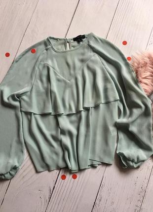 Нежная блуза с воланом атм 48-50 разм