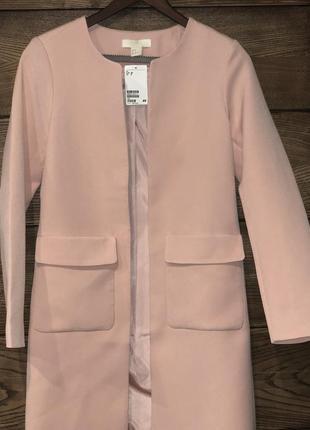 Нежное розовое пальто h&m