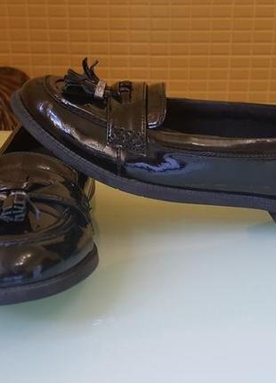 Модные женские туфли clarks original лаковая кожа