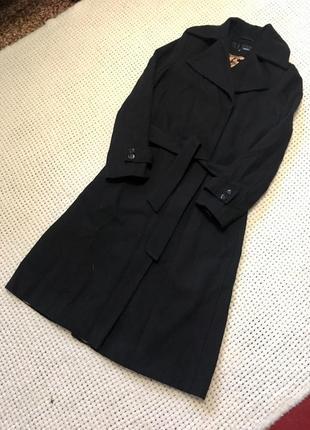 Красивое длинное пальто с шерстью