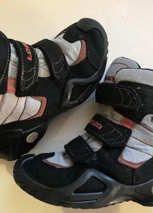 Ботинки lowa 32р