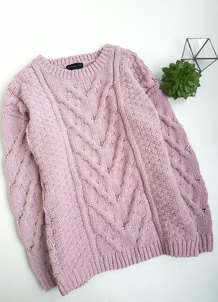 Мягкий плюшевый свитер с очень красивой обьемной вязкой