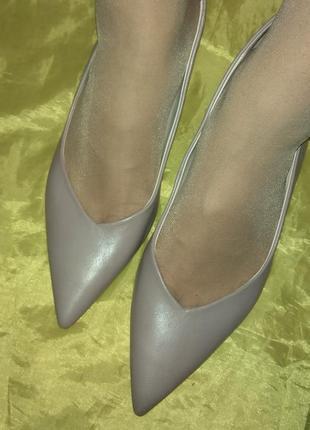 Кожаные туфли лодочки zara, каблук рюмочка ,р 41